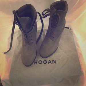 Authentic Hogan Ankle Boots Army Green Size7